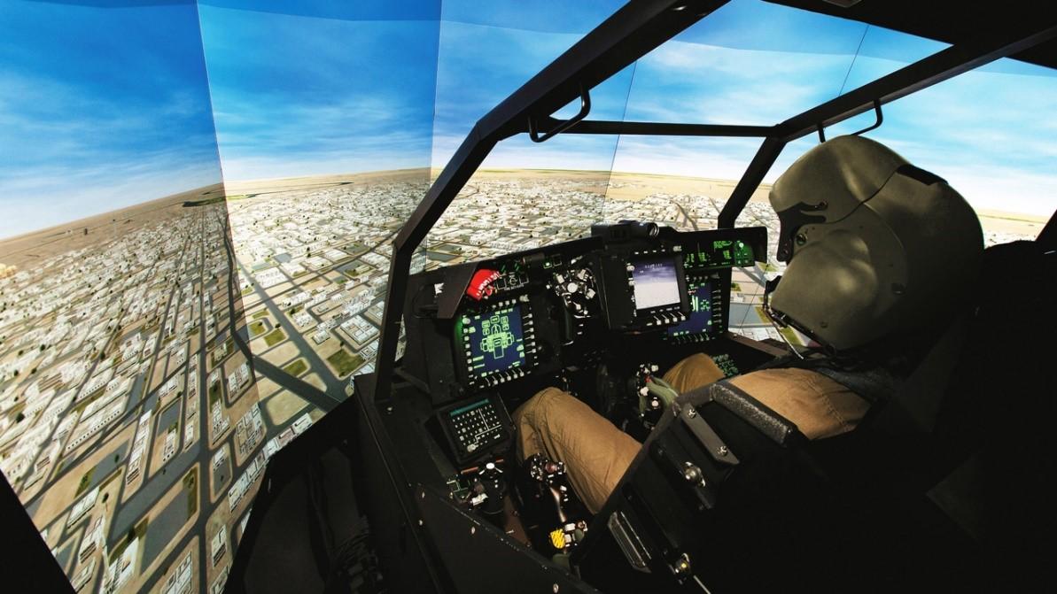 采用虚拟现实技术的飞行训练.jpg